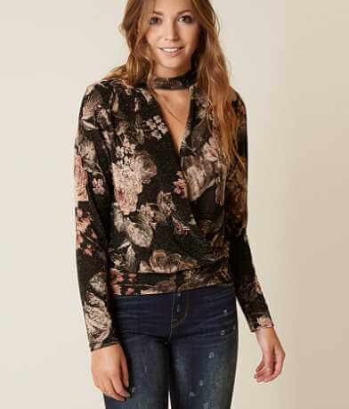 BKE Boutique Floral Metallic Top