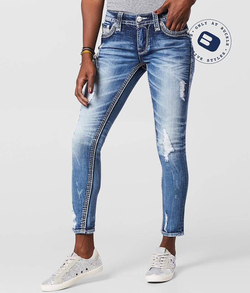 Mid-Rise Ankle Skinny- A classic mid-rise with a higher waistline, crafted with quality fabric for a premium fit and feel. Mid-rise Stretch fabric Slim through the hip and thigh 10\\\