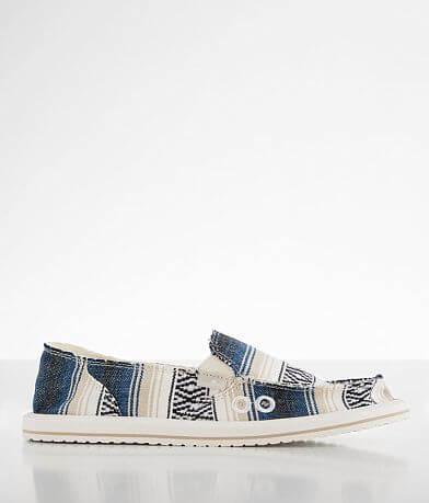 Sanuk Donna Blanket Shoe