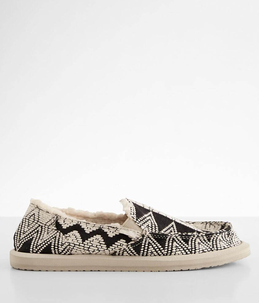 Sanuk Donna Tribal Chill Shoe front view
