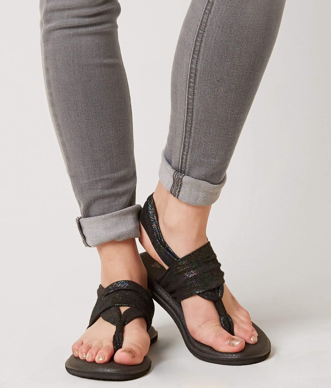 ac7b9095fcc0 Sanuk Yoga Sling 2 Flip - Women s Shoes in Black Rainbow