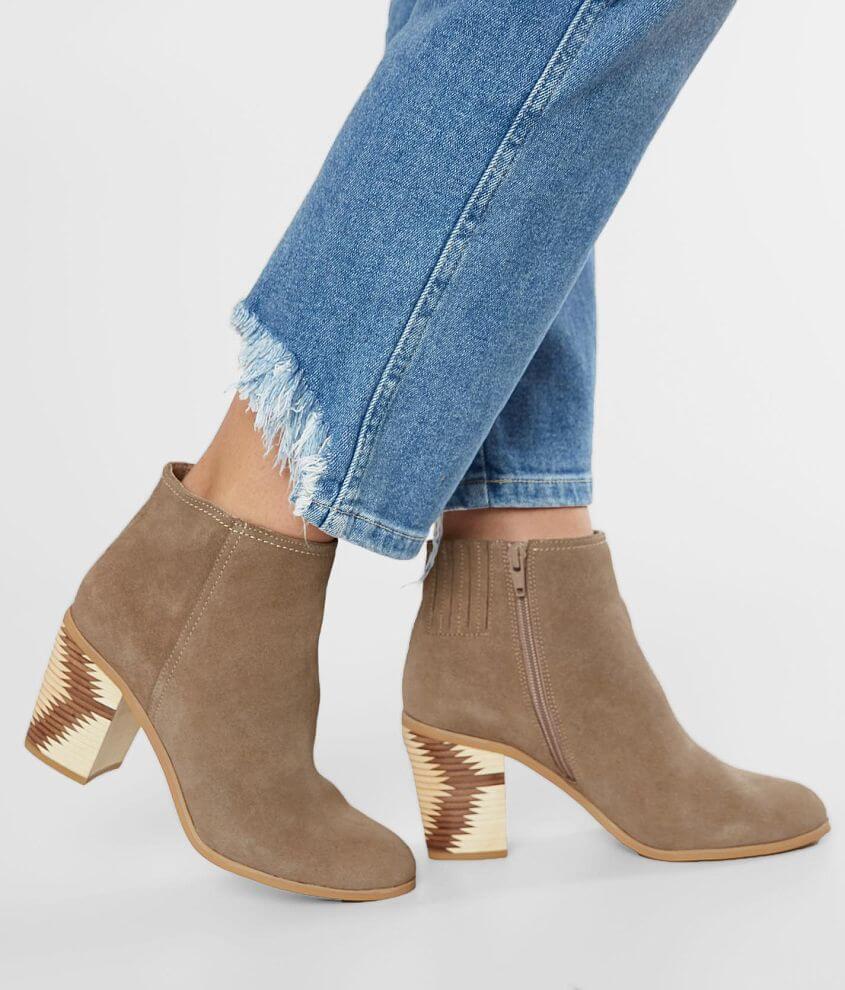 Side zip heeled bootie 5\\\