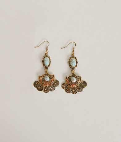 BKE Chandalier Earring