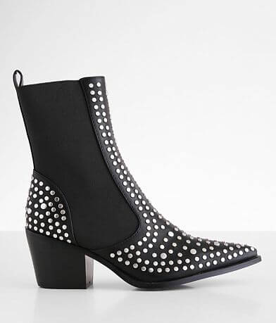 Shu Shop Zsa Zsa Pointed Toe Ankle Boot