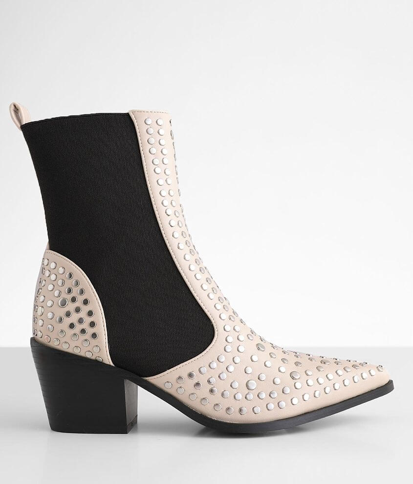 Shu Shop Zsa Zsa Pointed Toe Ankle Boot front view