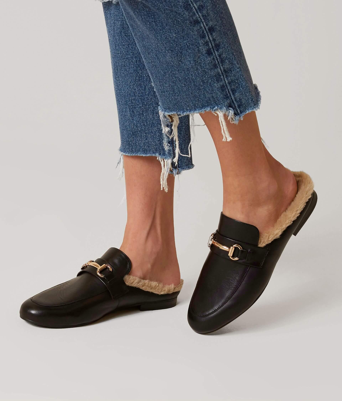 a7233984378 Steve Madden Jill Mule Shoe - Women's Shoes in Black | Buckle