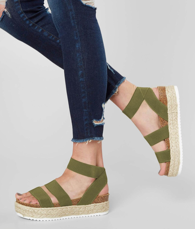 7cd9f48db0c Steve Madden Kimmie Flatform Sandal - Women's Shoes in Olive | Buckle