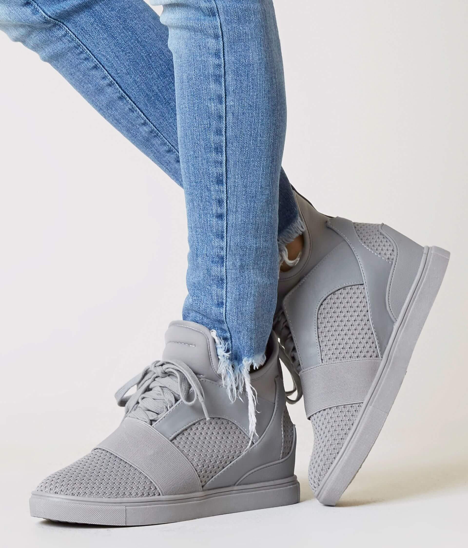 b89a4e9637f Steve Madden Lexi Shoe - Women s Shoes in Grey