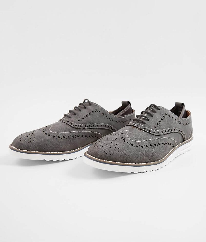 Steve Madden Carry Wingtip Shoe front view