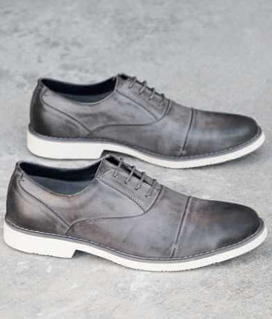 Steve Madden Tobyas Shoe