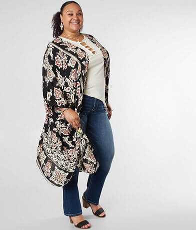 7ca8ef6be6 Angie Medallion Floral Kimono - Plus Size Only