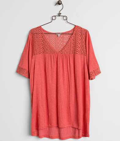 Eyeshadow Crochet Top - Plus Size Only