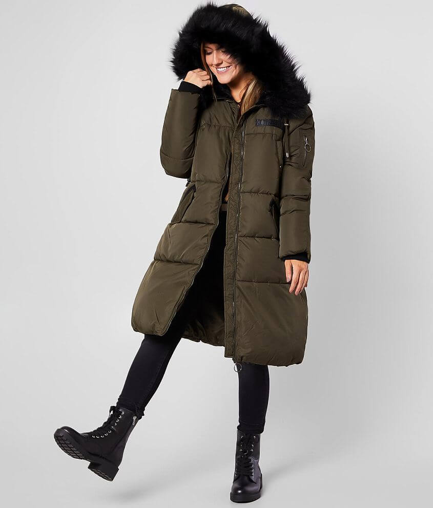 Embroidered patch quilted zip front lined coat Removable faux fur hood trim Faux fur lined hood Front snap flap pockets Ribbed cuffs Bust measures 44\\\