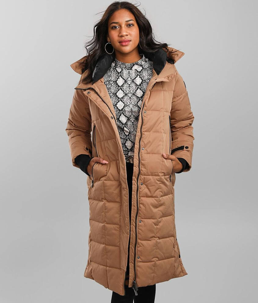 Hidden snap and zip front lined coat Padded collar Logo patch detail Side snap vents Cinch tie hood Bust measures 42\\\
