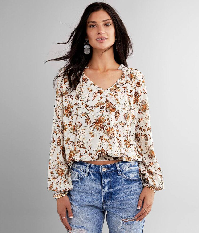 Daytrip Floral Crinkle Top front view