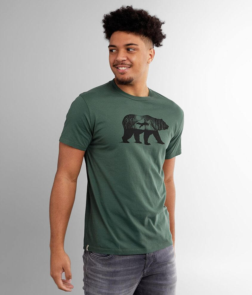 Animal graphic t-shirt Ten trees are planted for every item purchased Model Info: Height: 6\\\'4 1/2\\\