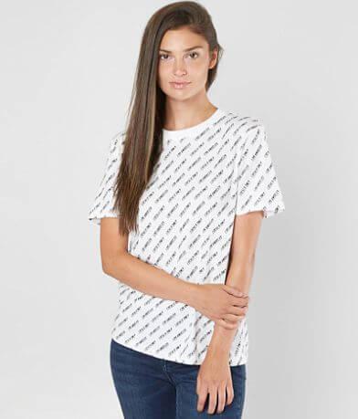 2234c20e2fb KENDALL   43  KYLIE Los Angeles T-Shirt