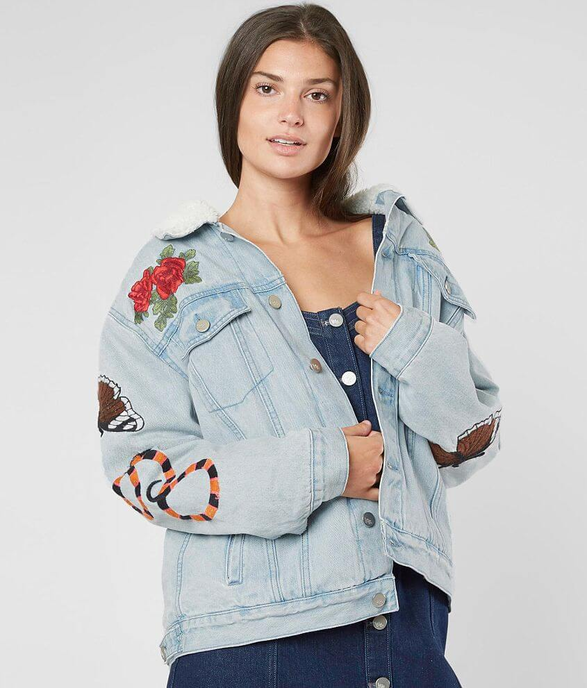 e3e8f0aa462 KENDALL + KYLIE Denim Trucker Jacket - Women s Coats Jackets in ...