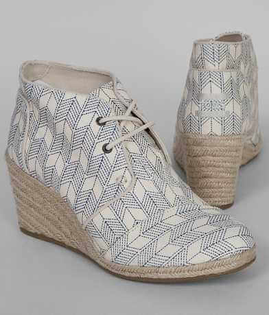 TOMS Lace-Up Shoe