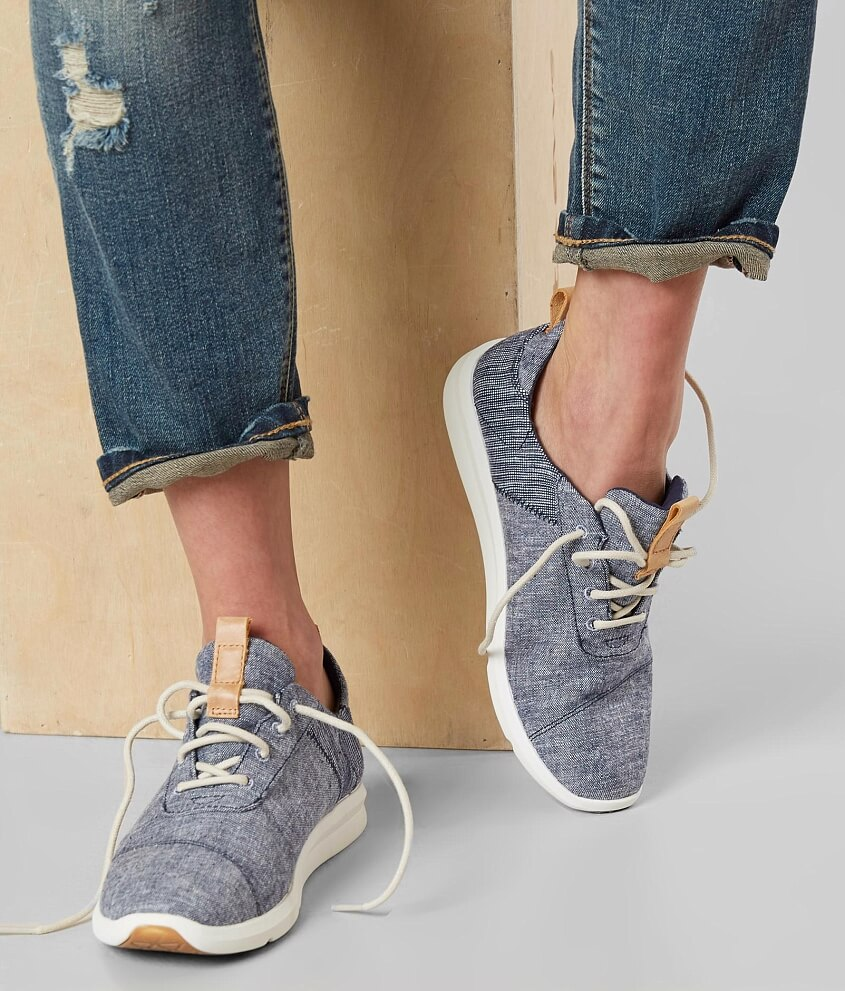 63e0834338f TOMS Cabrillo Shoe - Women s Shoes in Navy Chambray Mix