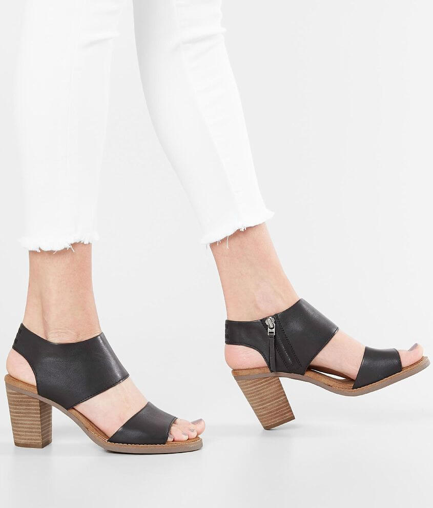 9f37bc3e63f TOMS Majorca Leather Heeled Sandal - Women s Shoes in Black Leather ...