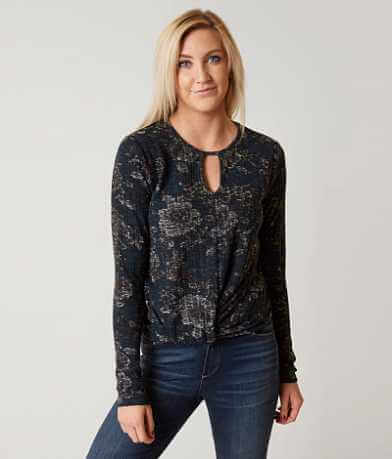 Daytrip Twisted Hem Top