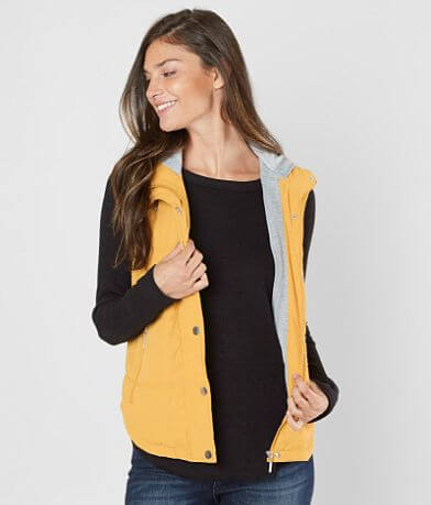 Daytrip Hooded Puffer Vest