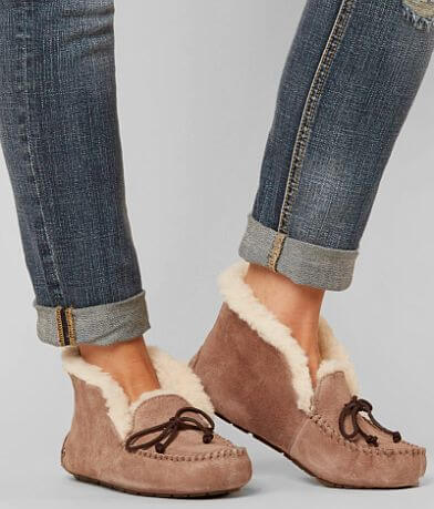 UGG® Alena Slipper