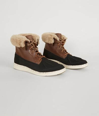 UGG® Roskoe Leather Boot