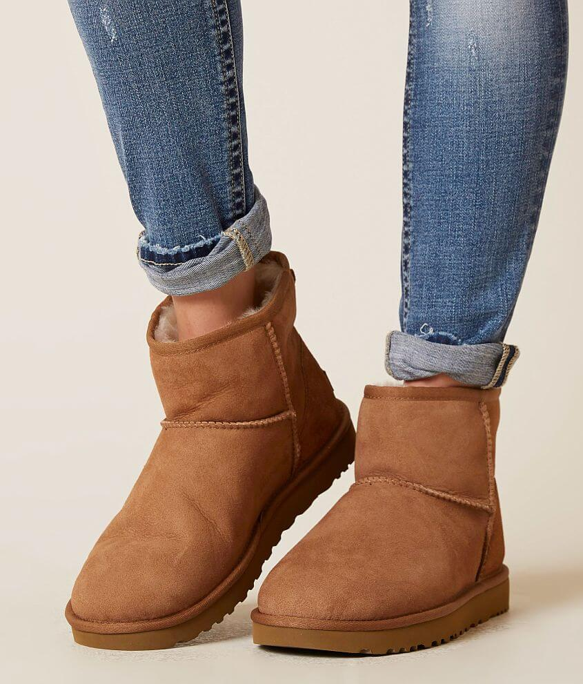 Women's UGG® Boots & Shoes | Buckle