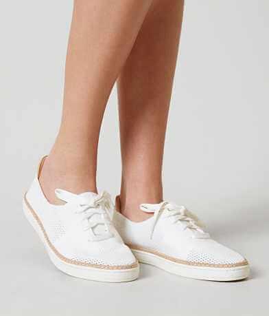 UGG® Pinkett Shoe