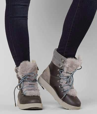 UGG® Viki Boot