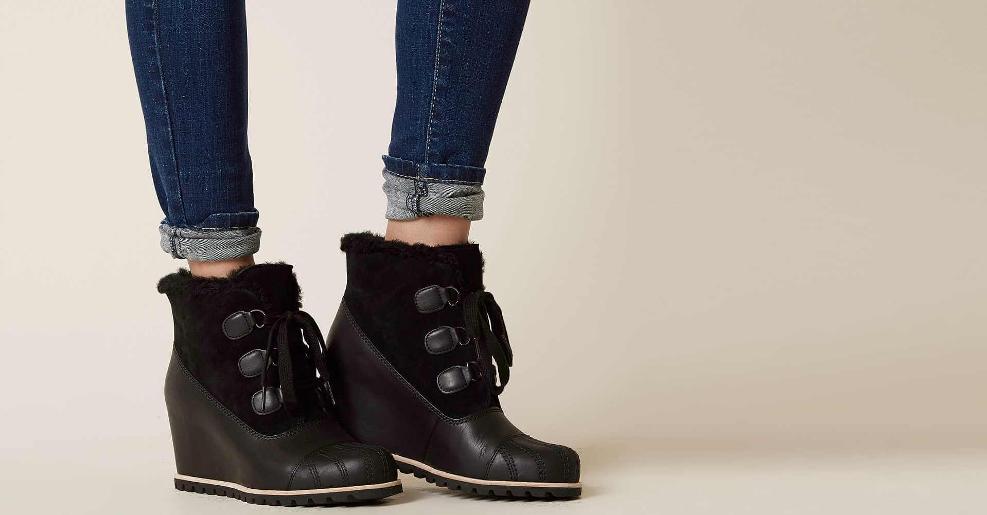 47e1f234b60 alasdair-leather-wedge-boot by ugg