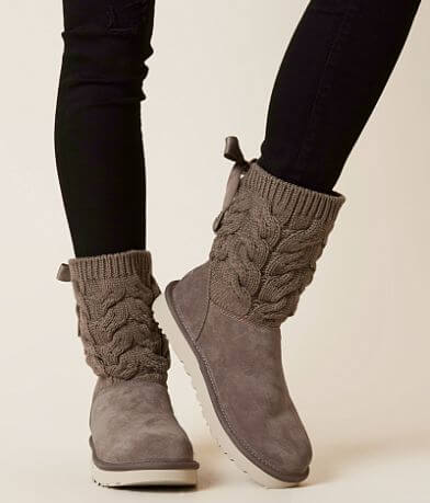 UGG® Kiandra Leather Boot