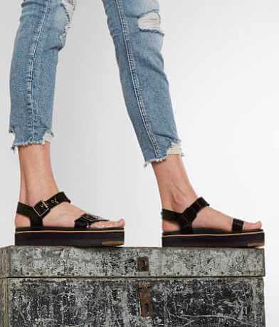 UGG® Angie Sandal