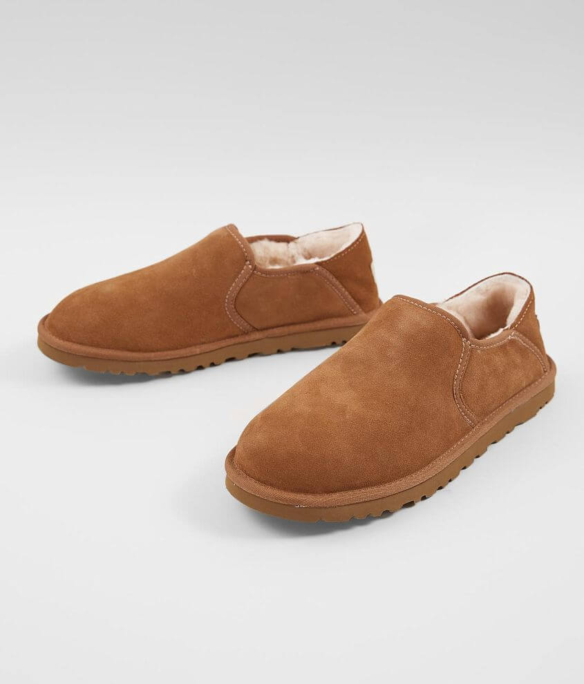 c7b3614c039 UGG® Kenton Leather Slipper - Men's Shoes in Chestnut | Buckle