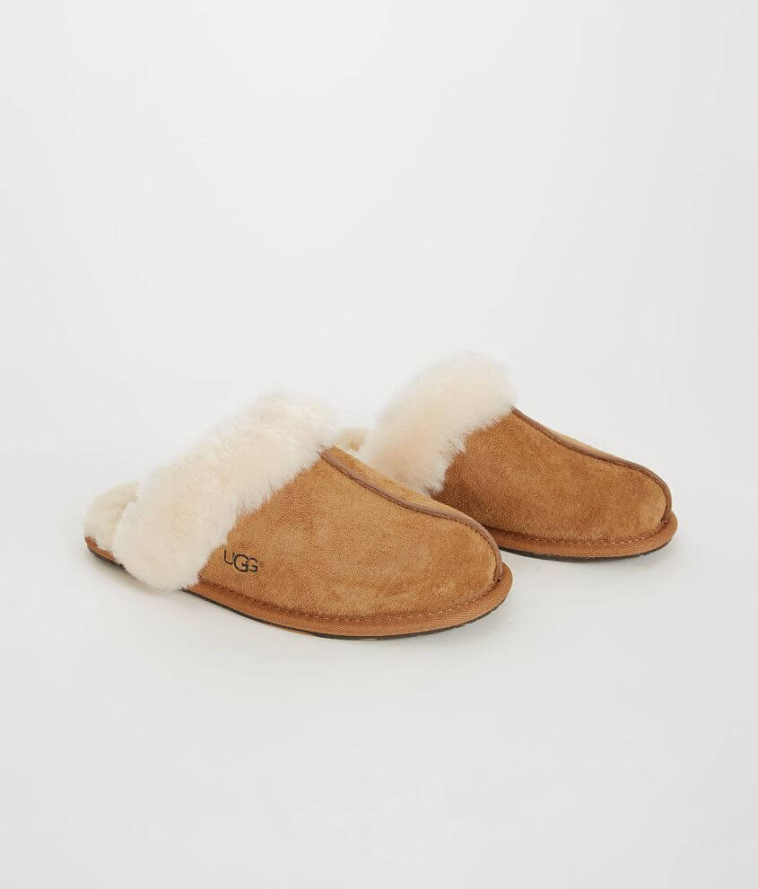 c4905c2470 UGG® Scuffette II Slipper - Women s Shoes in Chestnut