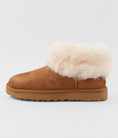 UGG® Classic Mini Fluff Suede Boot