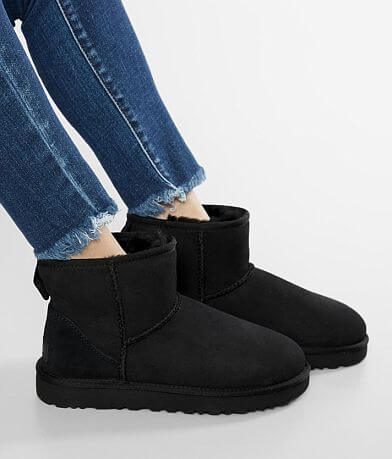 UGG® Classic Leather Mini II Boot