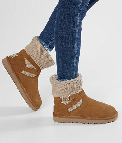 UGG® Purl Strap Leather Boot