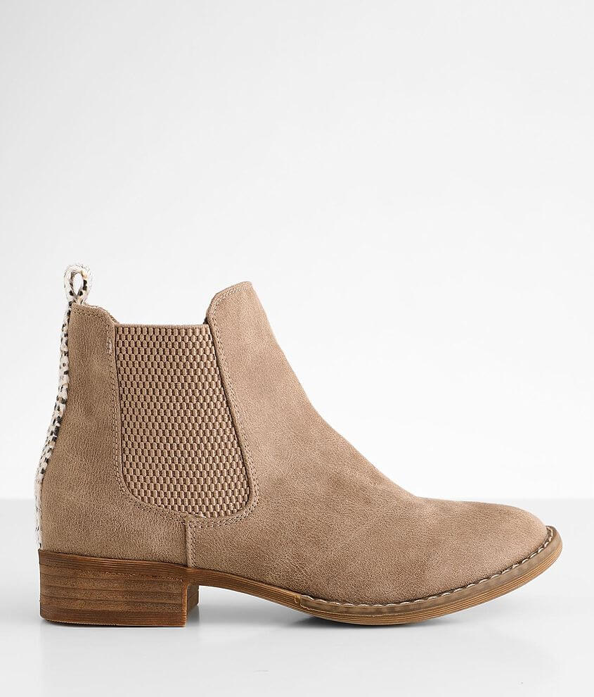 Very G Blake Ankle Boot front view
