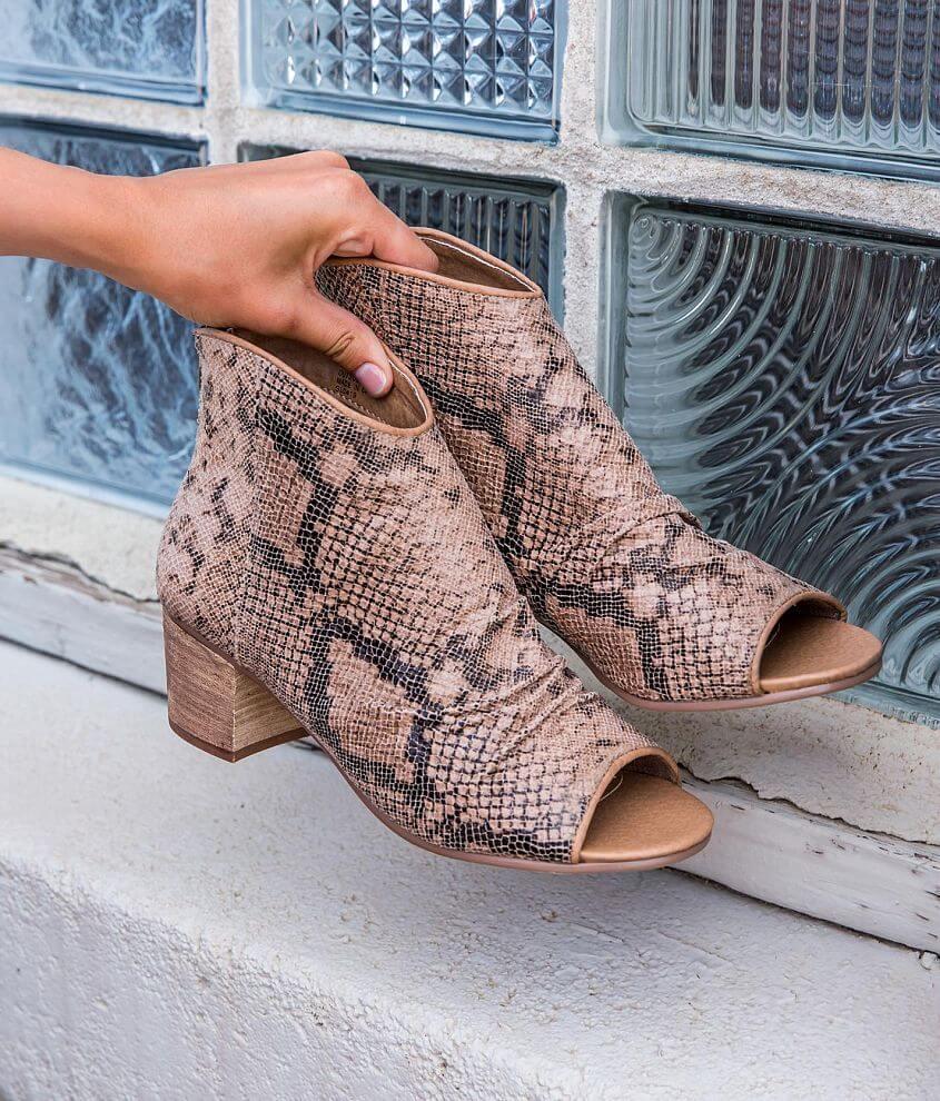Faux leather snakeskin peep toe bootie Back zip detail 2 1/4\\\