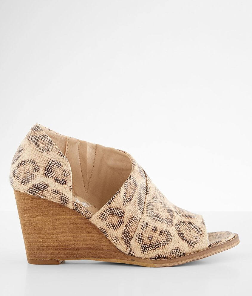 Very G Jeanie Leopard Wedge Sandal front view