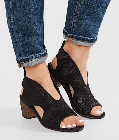 Very G Sissy Heeled Sandal
