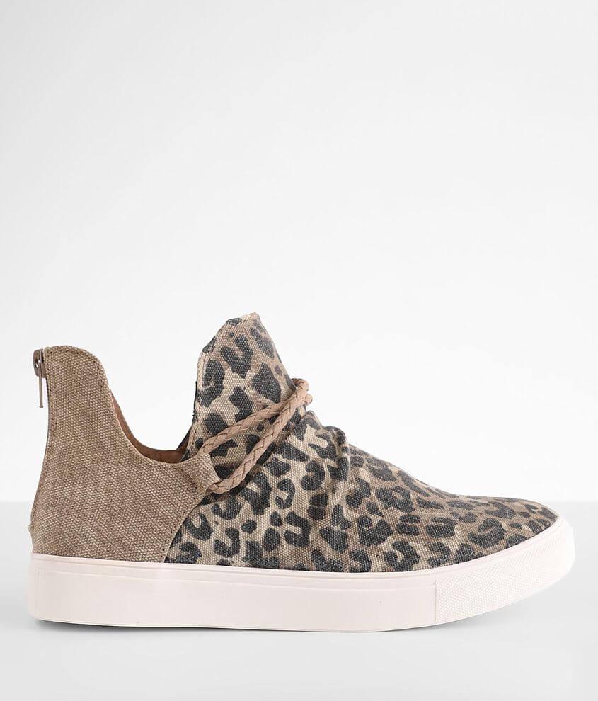 Very G Survivor Leopard Print Shoe front view