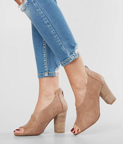 Very G Swoop Heeled Sandal
