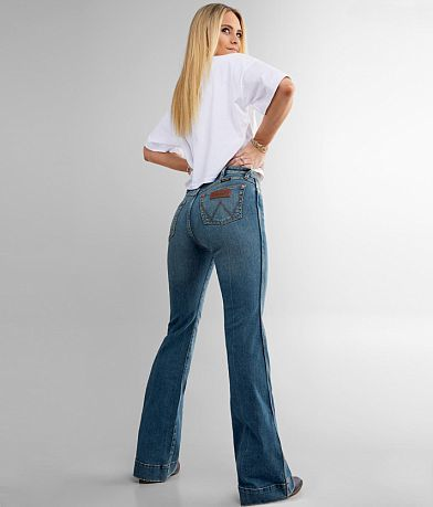 Wrangler® Retro® Flare Stretch Jean