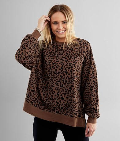 White Crow Modern Cheetah Weekender Pullover