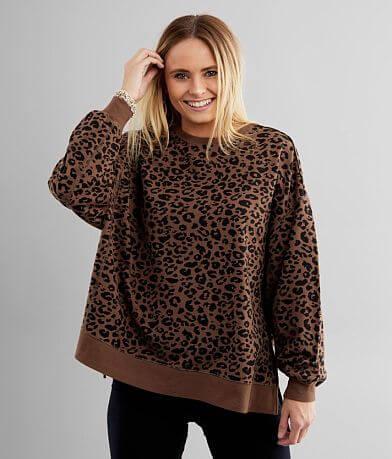 White Crow Modern Cheetah Weekender Pullover