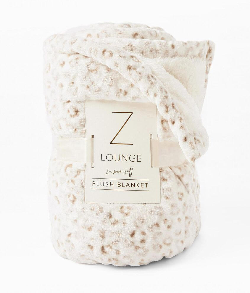 Z Lounge Frosted Leopard Plush Blanket front view